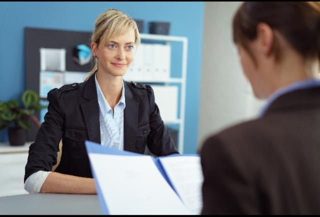 7 Nonverbal Mistakes To Avoid Making During Job Interviews.