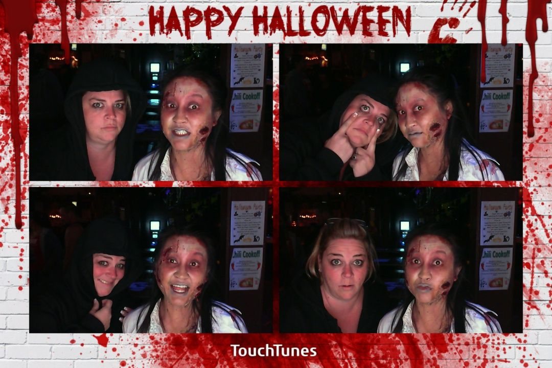 The Walking Dead TouchTunes PhotoBooth Halloween Costume Contest - walking dead halloween costume ideas