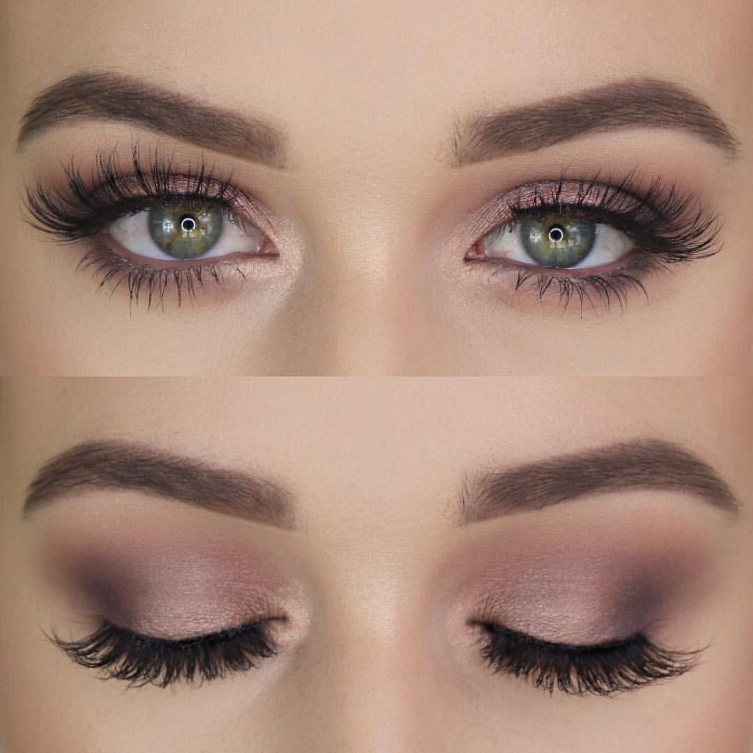 "Charlotte Bird❣️Beauty Blogger on Instagram: ""Mauve 💕 —– @anastasiabeverlyhills Brow Wiz @kyliecosmetics Holiday Eyeshadow Palette @natashadenona Palette 5 #2  @lillylashes Opulence…"""