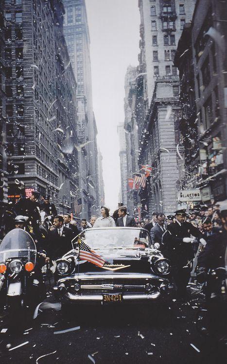Jackie and JFK celebrate, 1960.