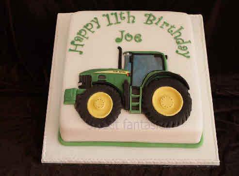 Square Cake with 2D John Deere Tractor Birthday ideas Pinterest