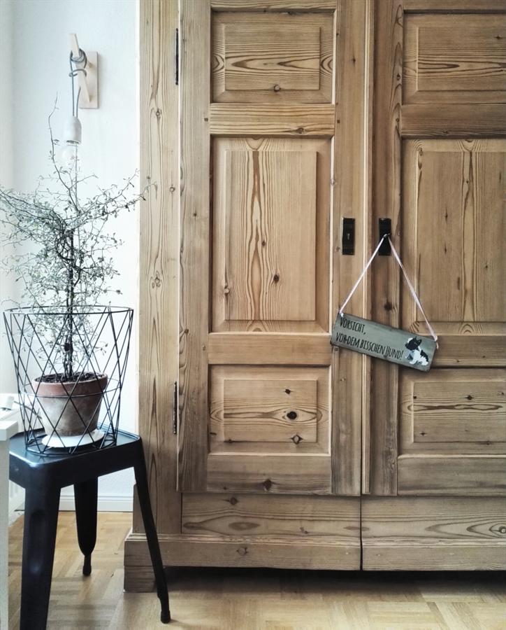 ...neuer Schmuck Für Alte Türen.