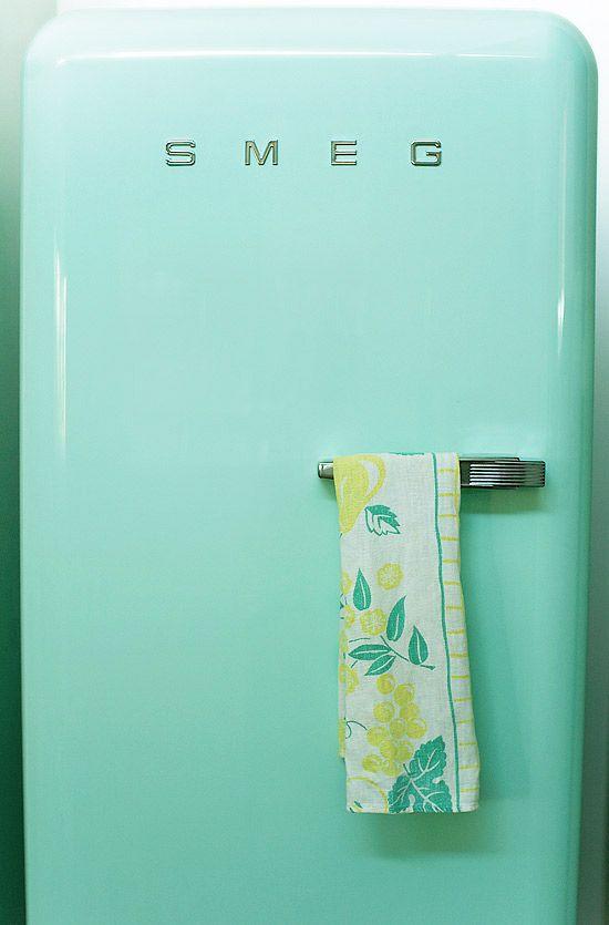 Friday inspiration : mint | Turquoise, Love this and Retro fridge | {Kühlschrank retro mint 0}