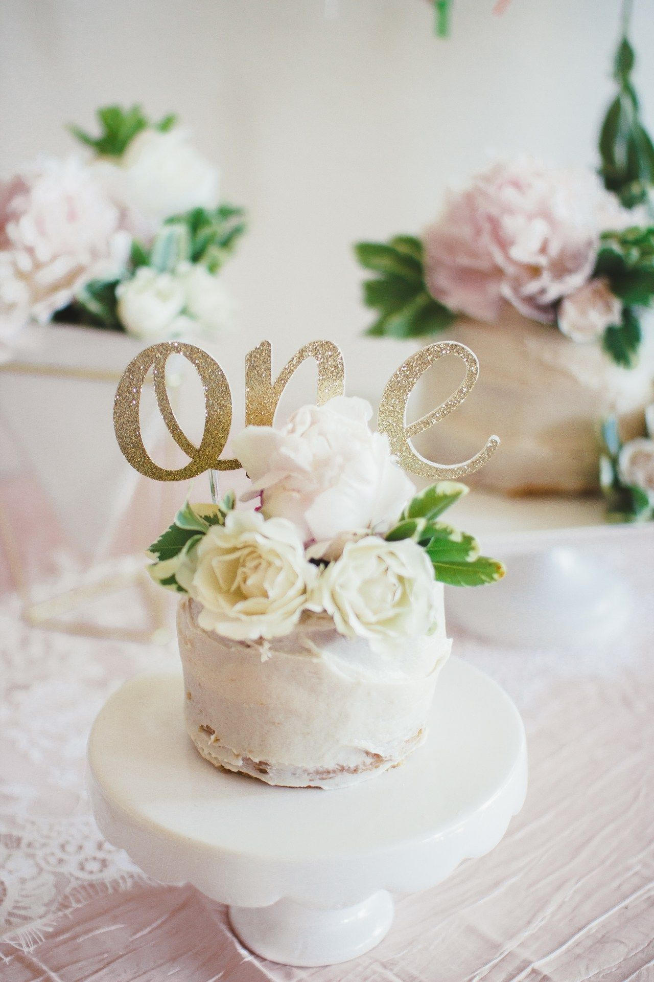 ONEderful Layla A whimsical floral first birthday party