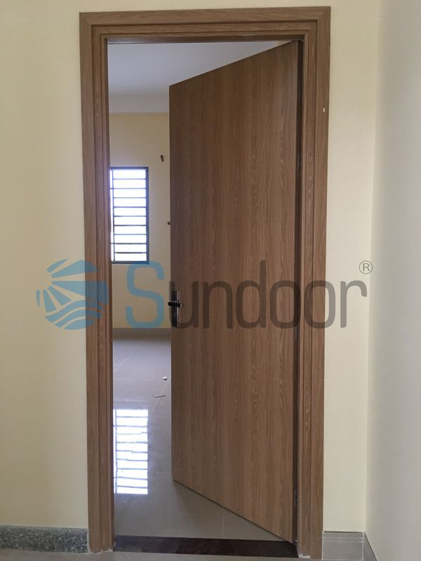 The information you should know about Composite wooden doors with flat wings