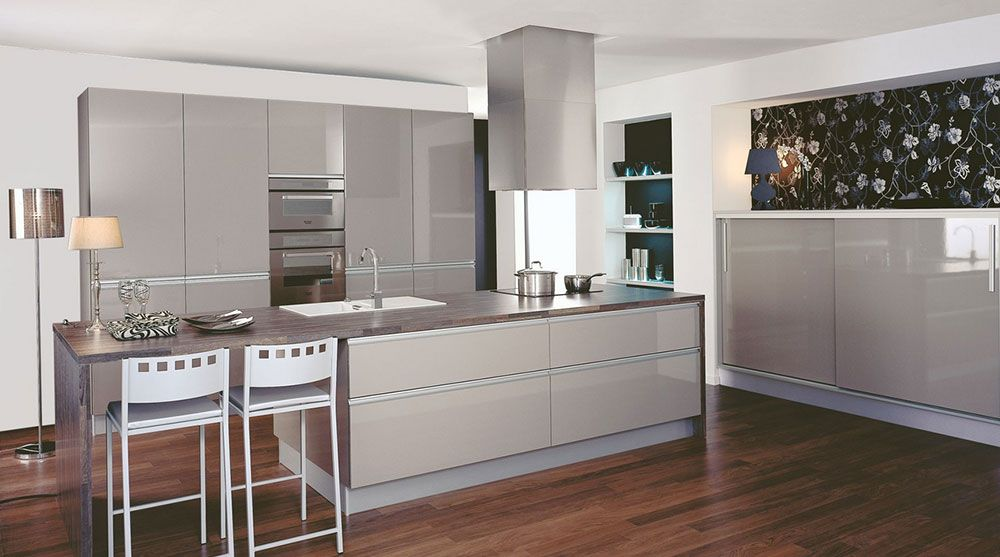 partenariat kitchen life x decocrush suite cuisinella taupe et cuisine ouverte. Black Bedroom Furniture Sets. Home Design Ideas