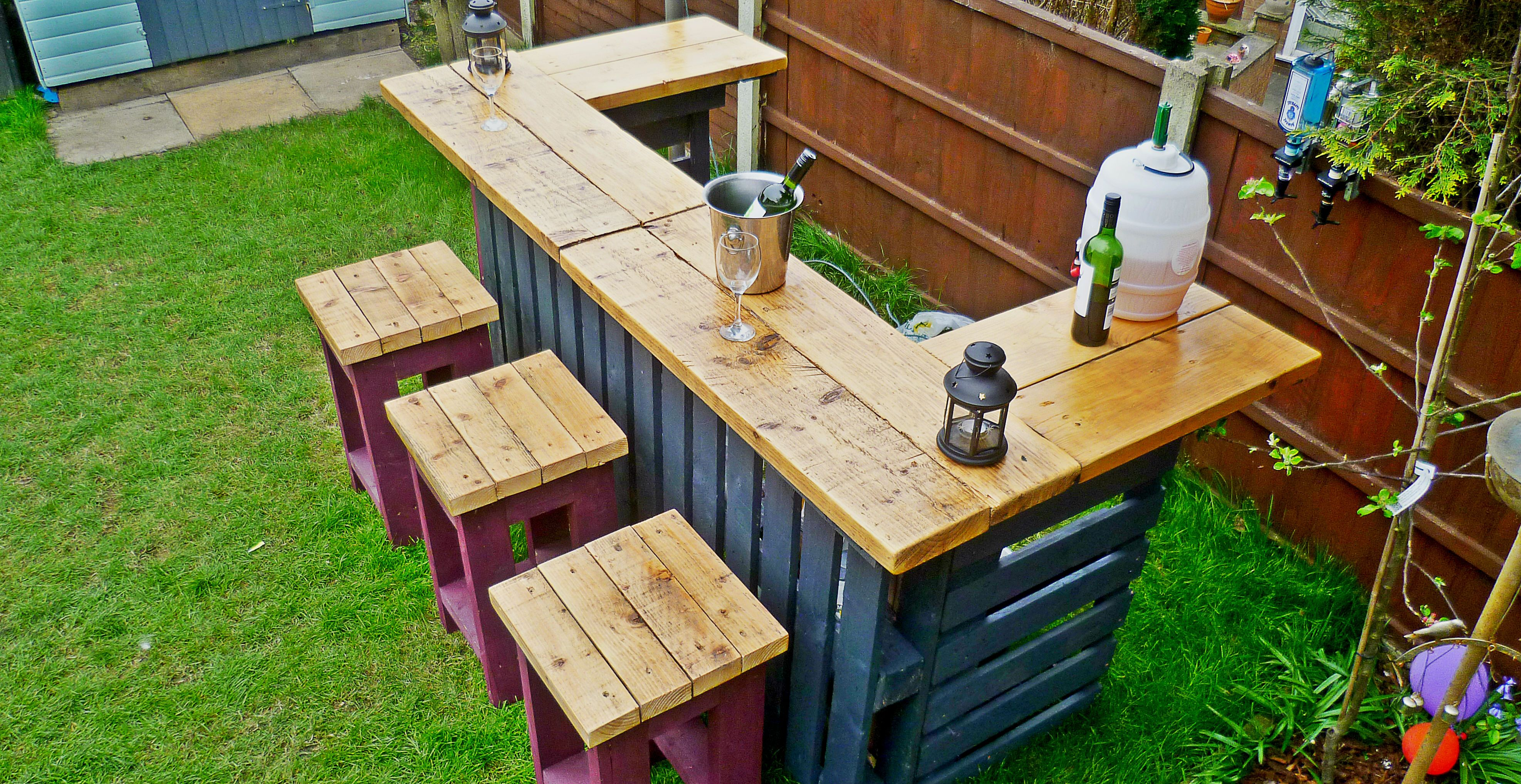 Green Thumb Print | Upcycled Furniture Handmade From Reclaimed Materials  This Outdoor Bar And Bar Stools
