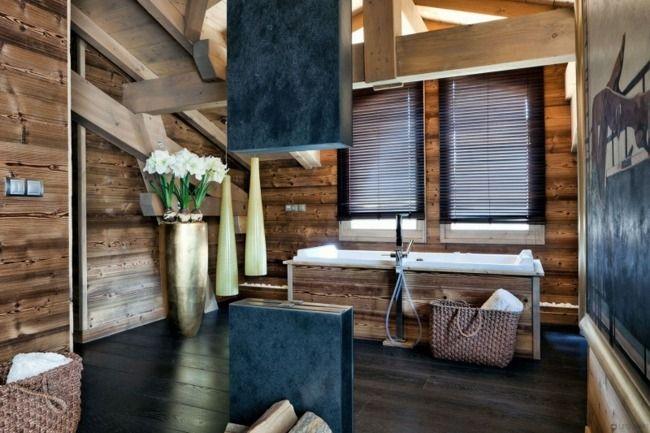 Rustikale Badezimmer Holz Einrichtung Wand Badewanne