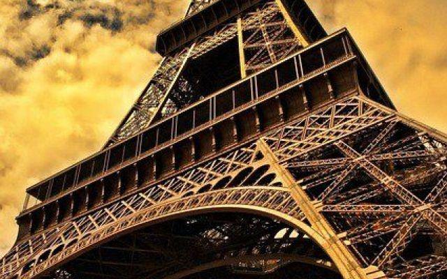 Le 10 regole per una pronuncia prefetta in francese Quanti di voi hanno iniziato a studiare francese ma non sono mai riusciti ad ottenere una pronuncia perfetta? Immagino molti. Il francese è una lingua studiata da moltissimi italiani, ma a tutti noi  #lingue #francese #scuola