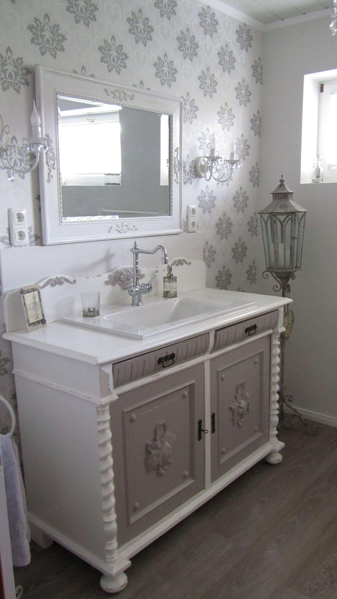 pelipal badm bel landhausstil landhausstil badmobel. Black Bedroom Furniture Sets. Home Design Ideas