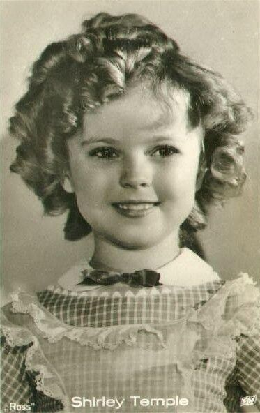 From 1933 to 1938 Shirley Temple was easily the most popular and famous child star of all time. She said that she stopped believing in Santa when she was six years old. Her mom took her to a department store to see Santa. Santa asked her for her autograph.