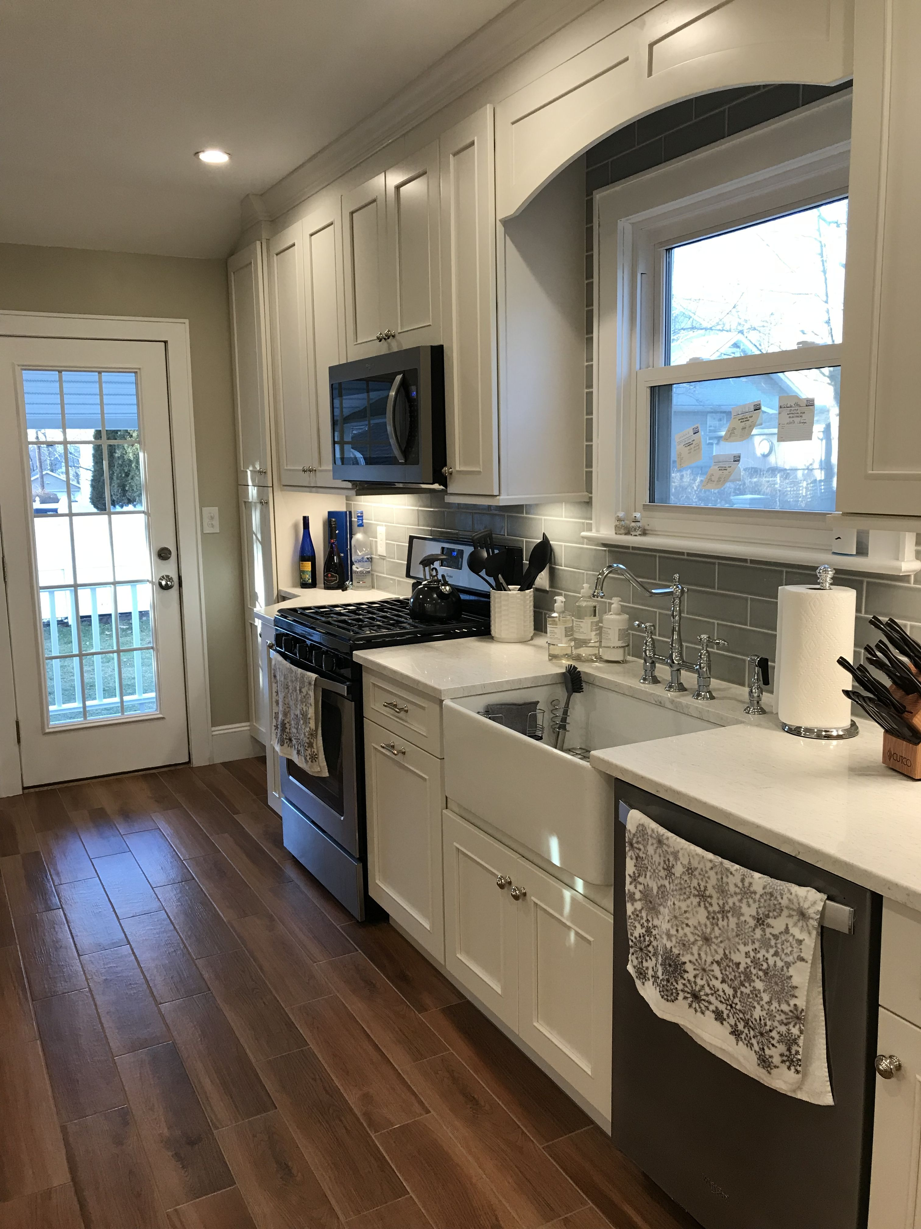 Kitchen Renovation Complete Rutherford Nj Fabuwood Vista Blanc Cabinets Countertop Is Timber Whi Kitchen Renovation Kitchen Cabinet Design Complete Kitchens