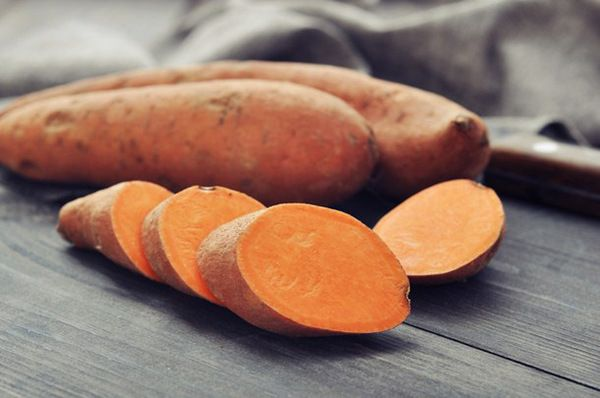 8 Benefits of Sweet Potatoes (+ Sweet Potatoes Nutrition/Calories)