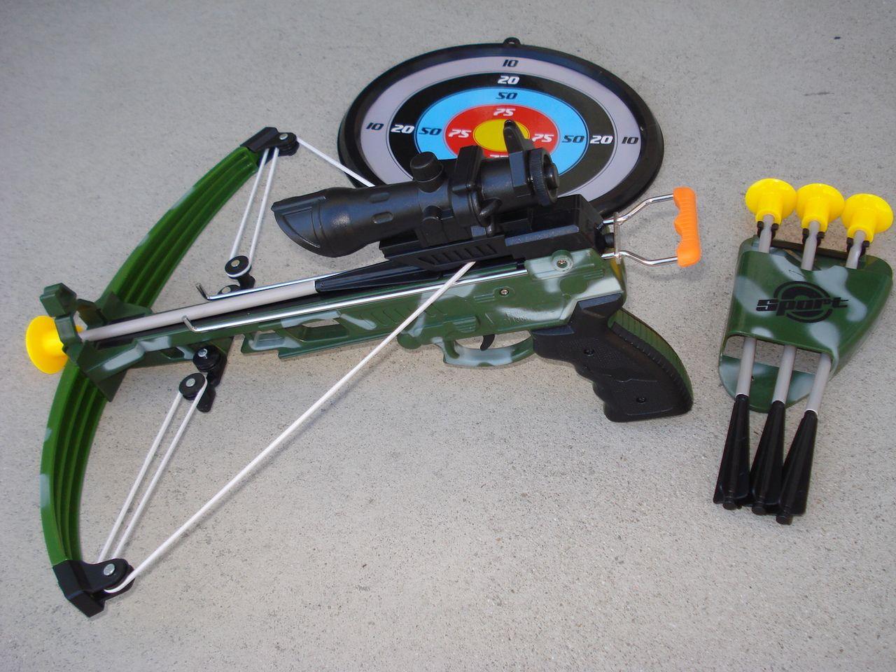 Kids camo crossbow set