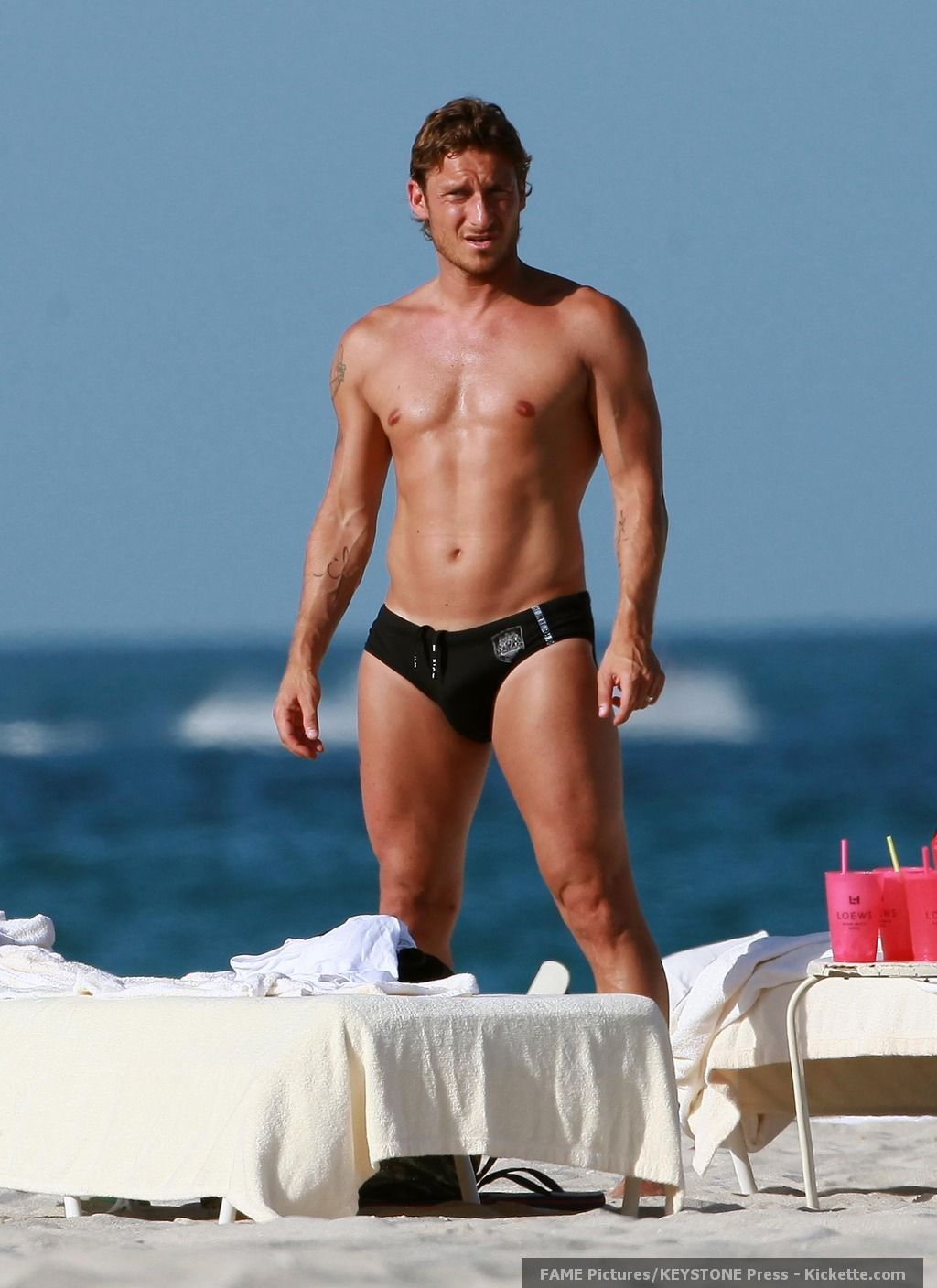 Francesco Totti representing Italy LOL Smoking hot