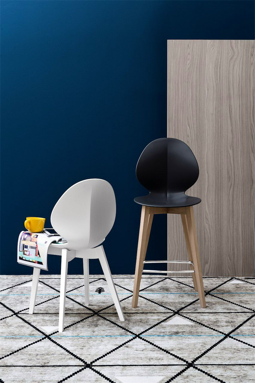 Calligaris Basil W Bar Stool Available In A Two Heights With Different Finishes And Colours Matching Dining With Images Italian Furniture Modern Chair Dining Stools