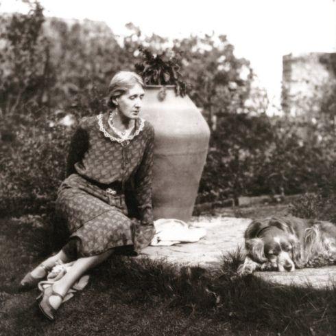 Autorul zilei 25 ianuarie: Virginia Woolf