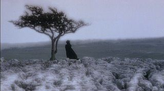 WH-1992-screencaps-wuthering-heights-7138804-320-179.jpg (320×179)