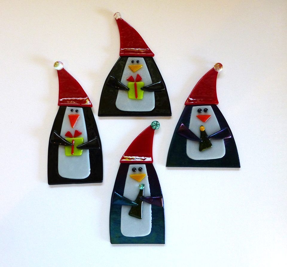 Penguin Ornament Tutorial Is Featured In This Month S Glass Patterns Quarterly Fused Glass Ornaments Glass Christmas Decorations Stained Glass Christmas