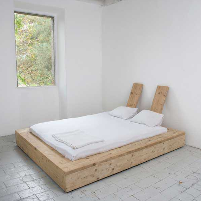 A DIY Bed Made from Reclaimed Wood | art studio/guest cottage ...