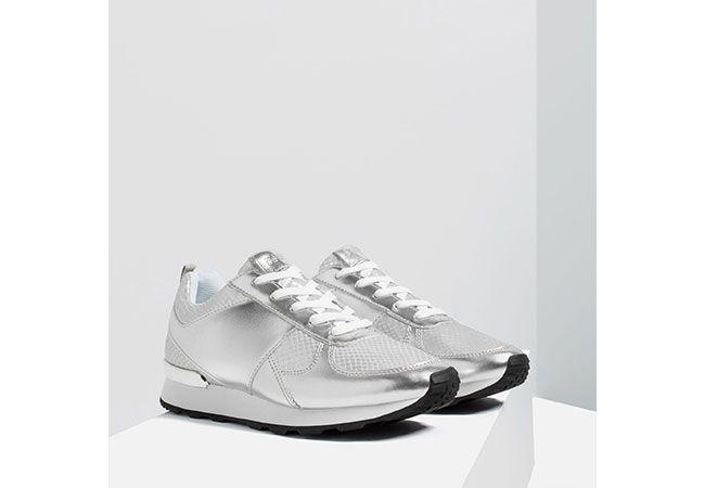 Tendencias de moda  zapatos plateados de ZARA 6c6af167d97