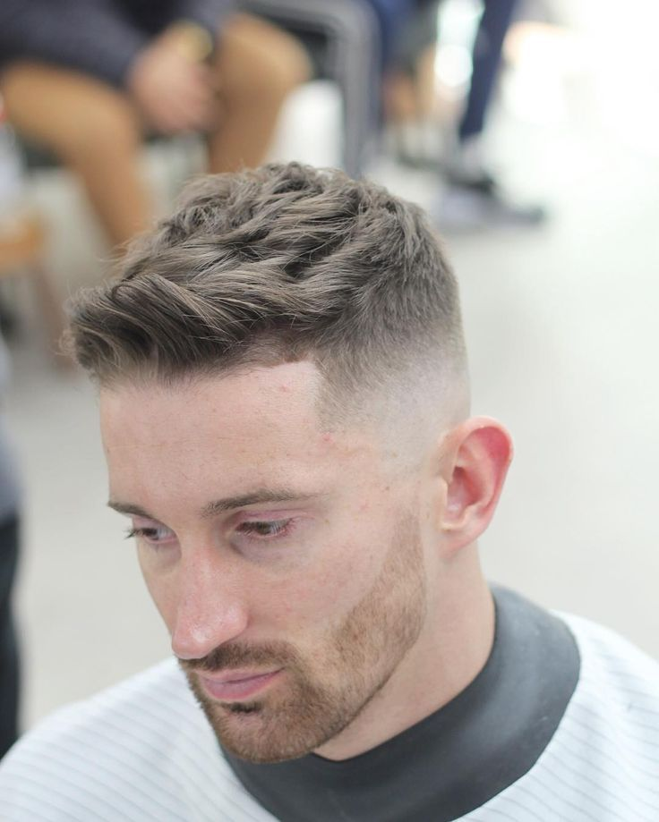 Tolle 75 Reservierte Frisuren Fur Glatze Manner Beschranken Sie Niemals Die Frisuren Business Frisuren Haarschnitt Stile