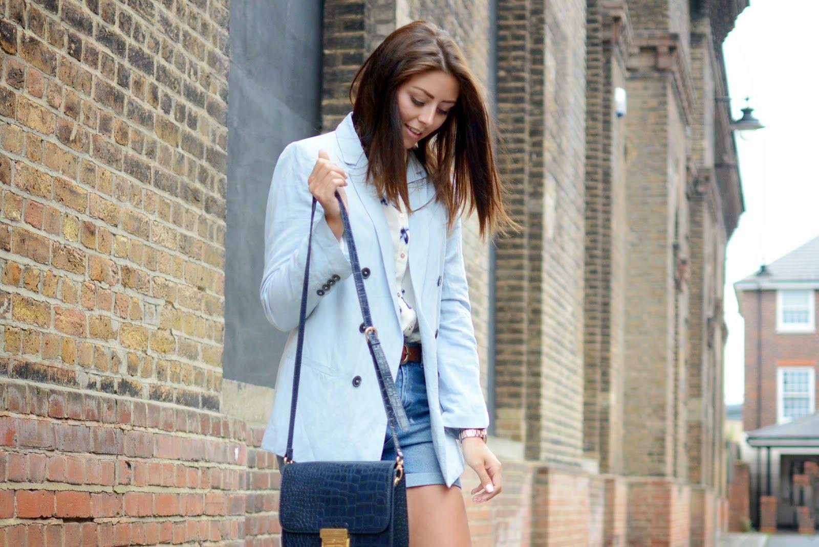 London Street Style pastel blue blazer, print shirt/blouse, denim shorts, navy bag, #fashion #blogger #ejstyle #summer #style