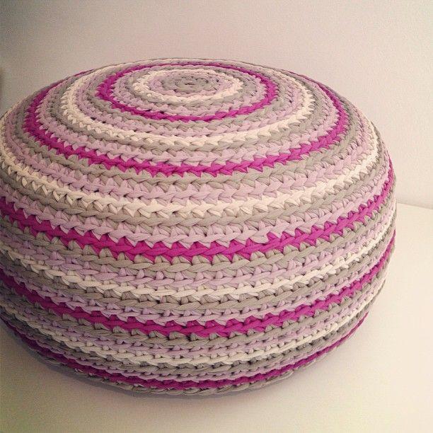 yarns crochet and crochet floor cushion crochet t shirt yarn pouf by osa einaim dt1010fo