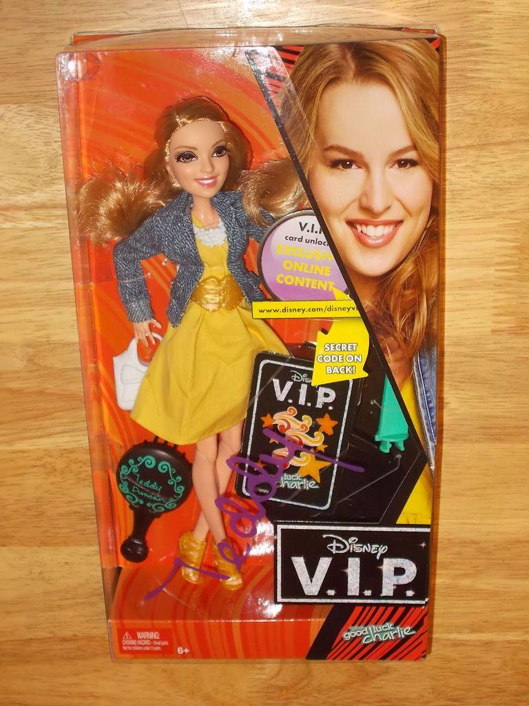Mattel Disney V.I.P. Doll Good Luck Charlie TEDDY DUNCAN