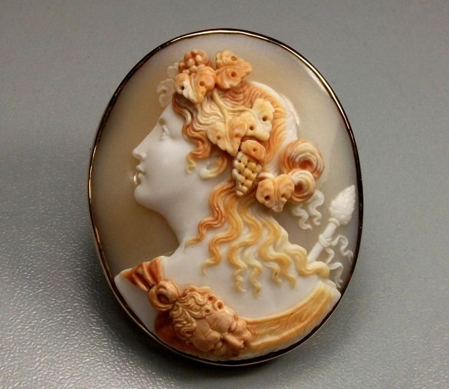 Rare Museum Quality Victorian Shell Cameo Brooch of  a Bacchante The Finest Carving