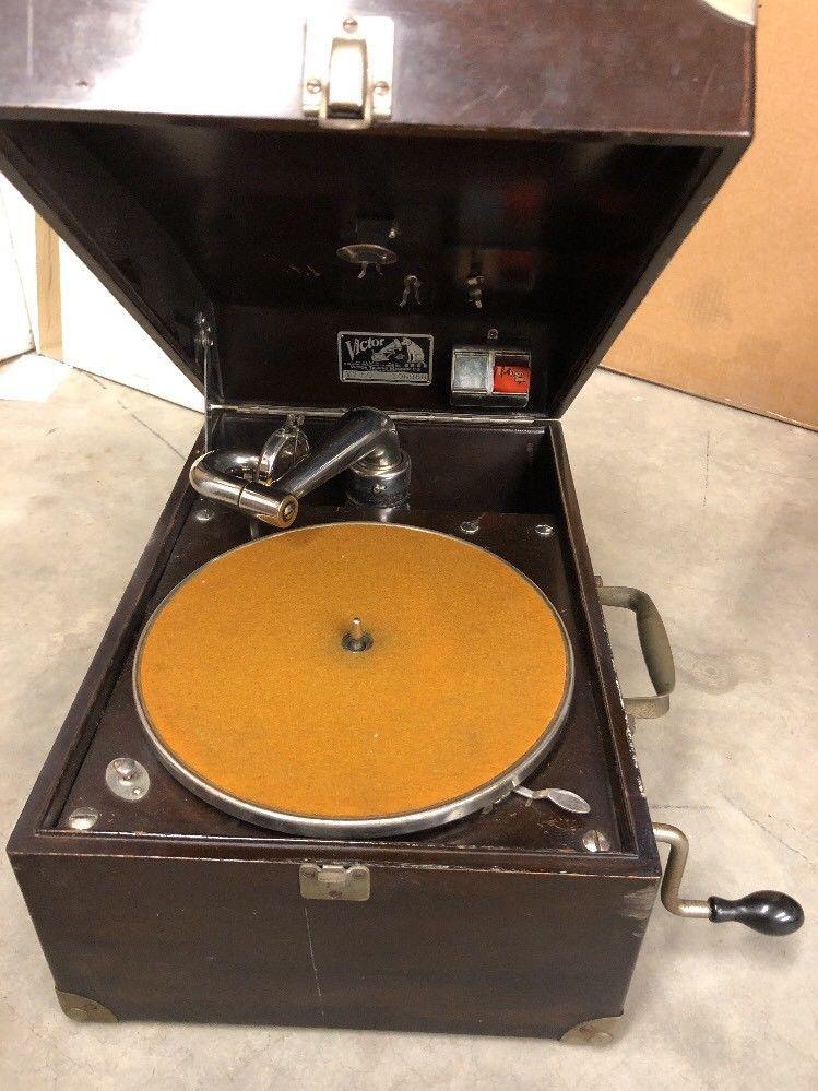 Antique 1918 Victor Victrola VV-50 Vintage Talking Machine