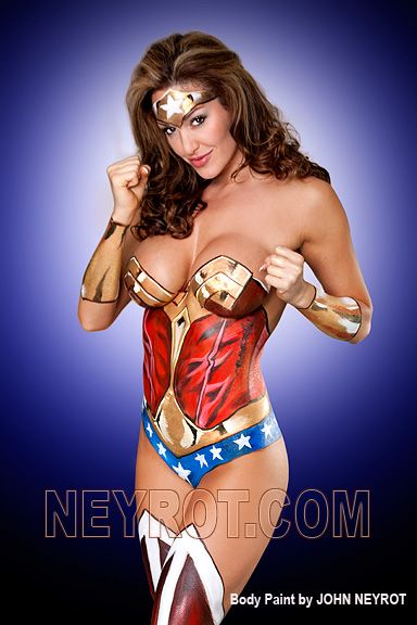 Body Painted Wonder Woman I Would Do This If My Bff Was A Plastic Surgeon