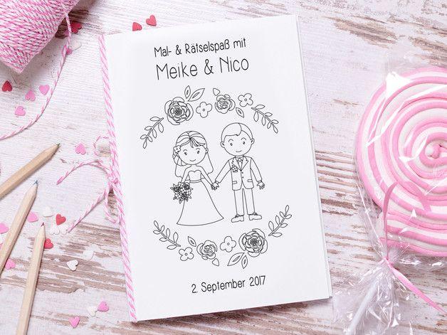 Mit Diesem Sussen Mal Und Ratselbuch Wird Es Euren Kleinen Hochzeitsgasten Garantiert Nicht Lang Wedding Activities Fun Wedding Activities Reception Activities