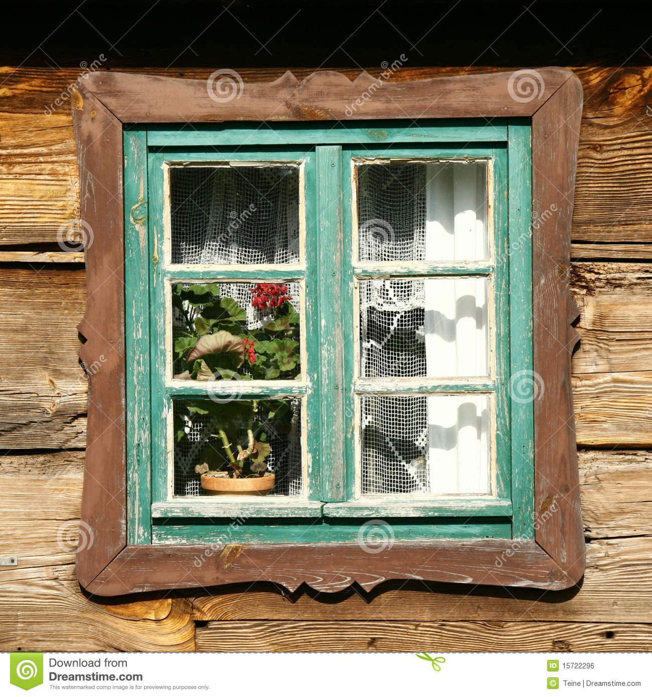 Fotos de ventanas de madera antiguas buscar con google for Fotos de puertas de madera antiguas