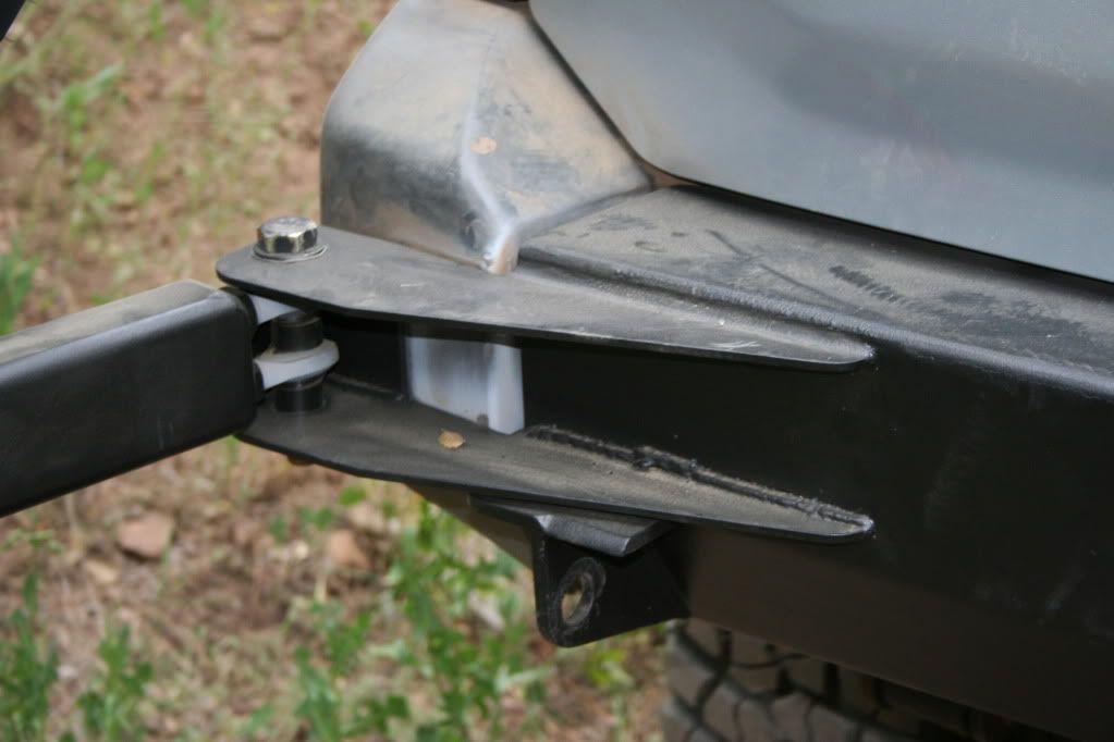 Door hinge swinging truck — 8