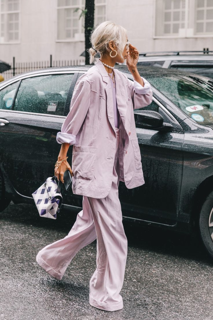 Spring Summer 2019 Street Style from New York Fashion Week by Collage Vintage. #streetstyle #NYFW