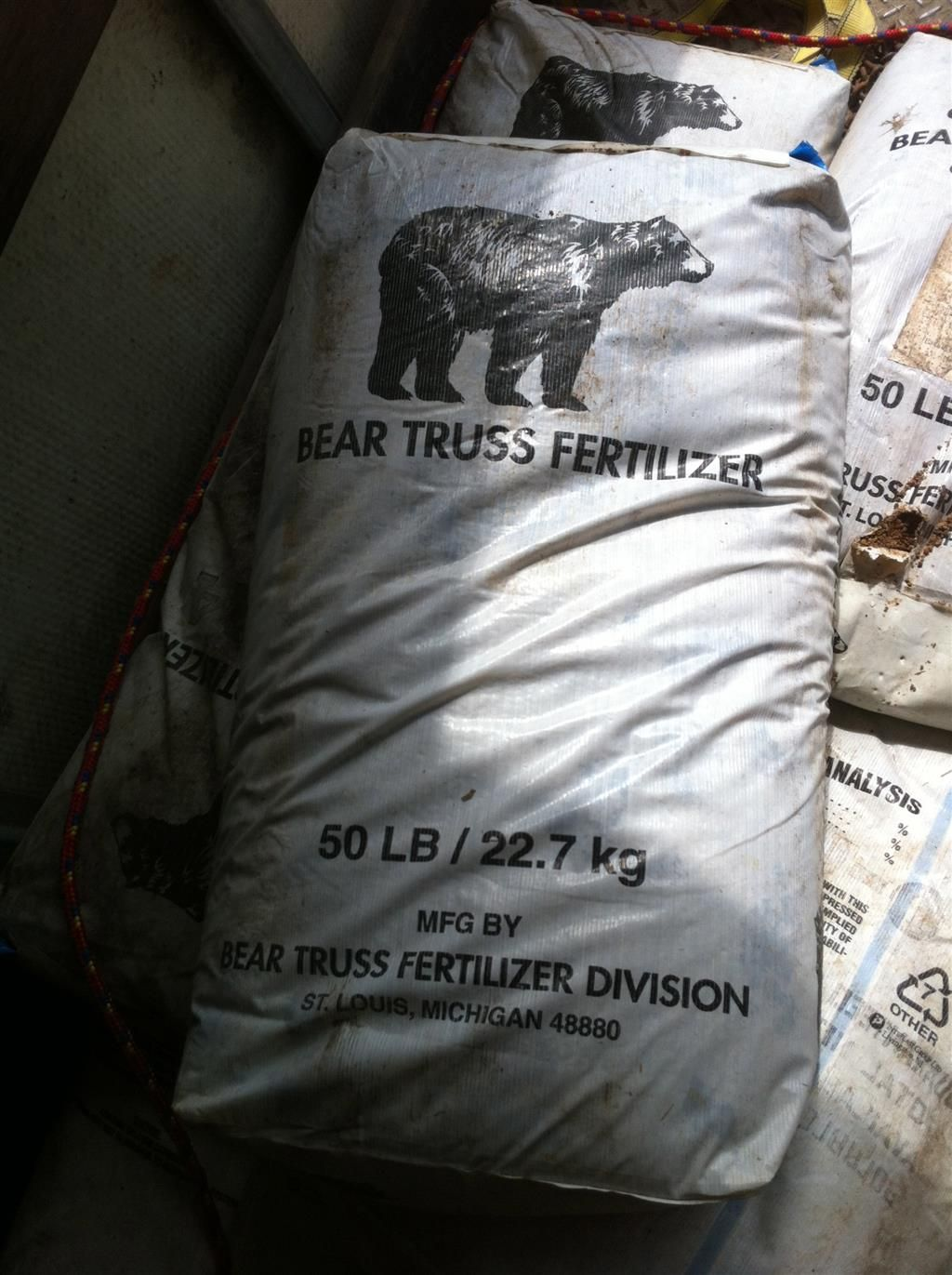 13 Bags (650 Pounds) Bear Truss Fertilizer / Ice Melter