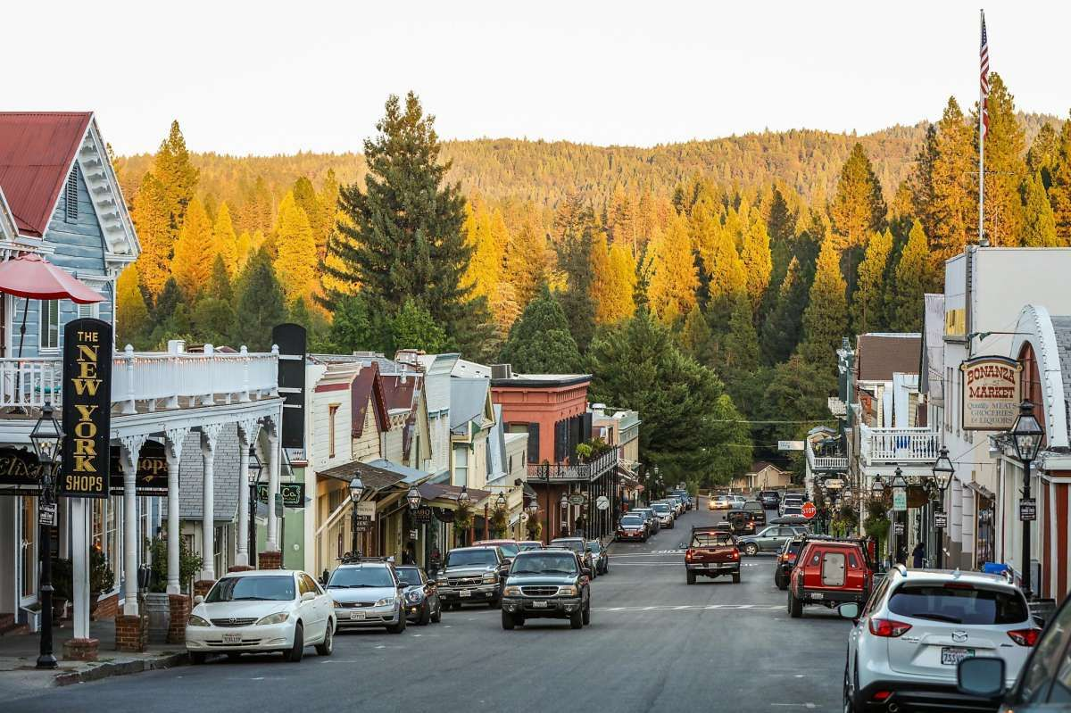 8 California Small Towns To Visit Right Now Northern California Travel Nevada City California Destinations