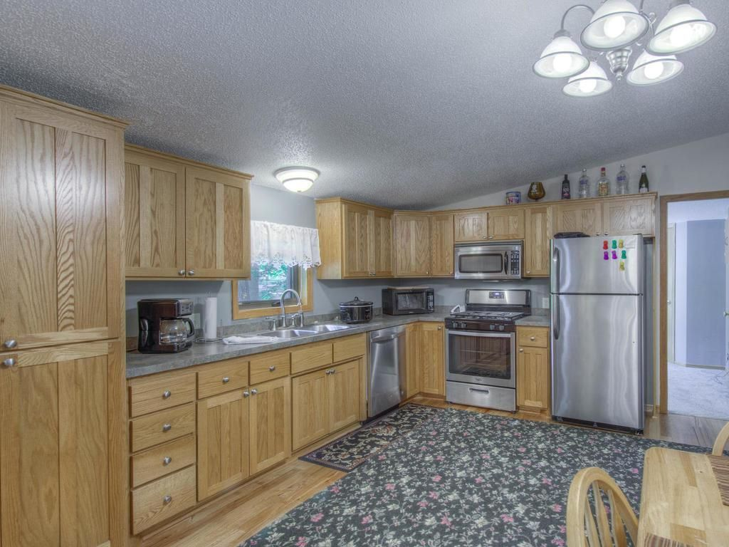 FEATURED LISTING! Otsego, MN 175,000 🛌 3 bed 🚽 2 bath