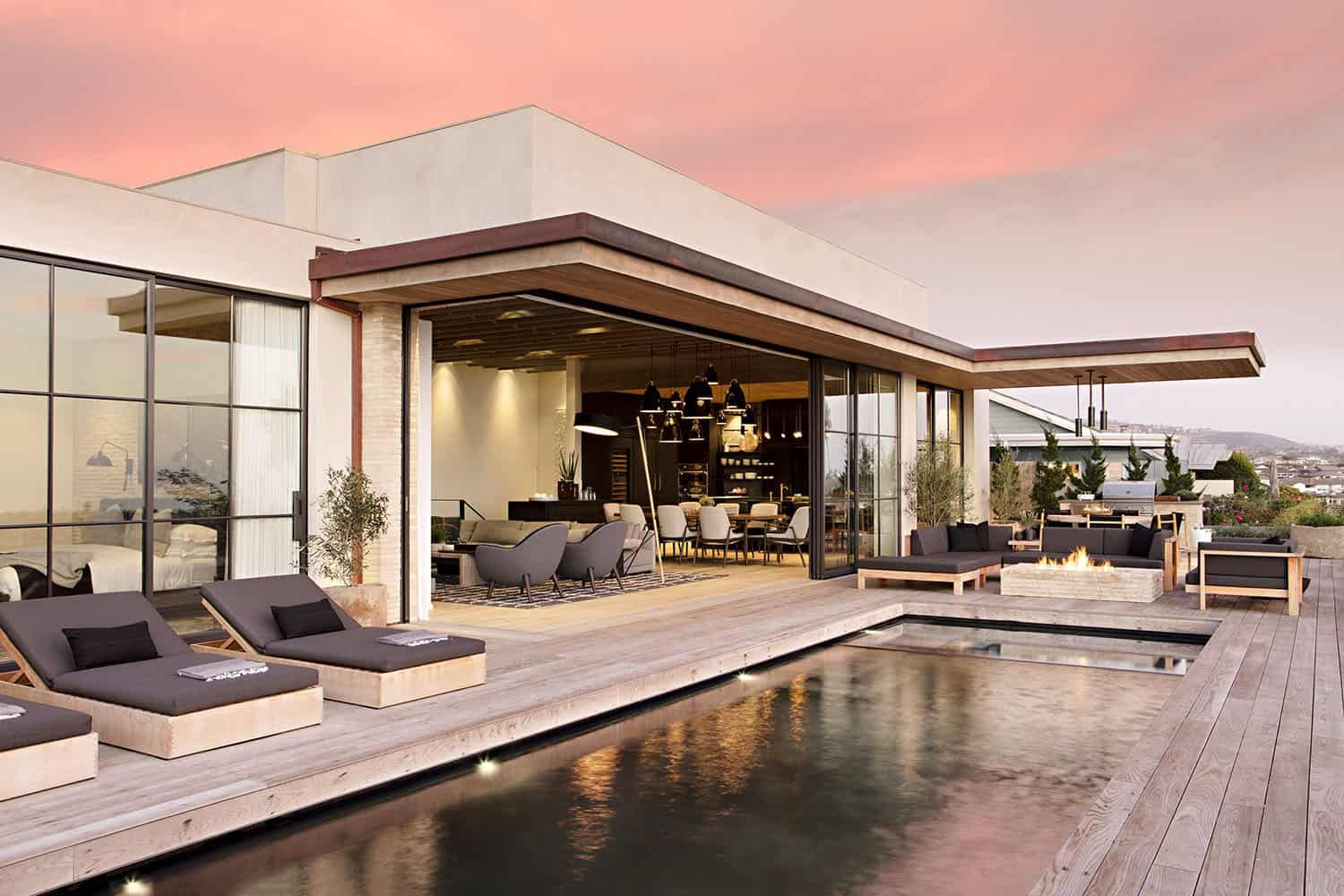 Stunning Modern House With A Two Story Courtyard In Southern California Modern House Architect California Homes