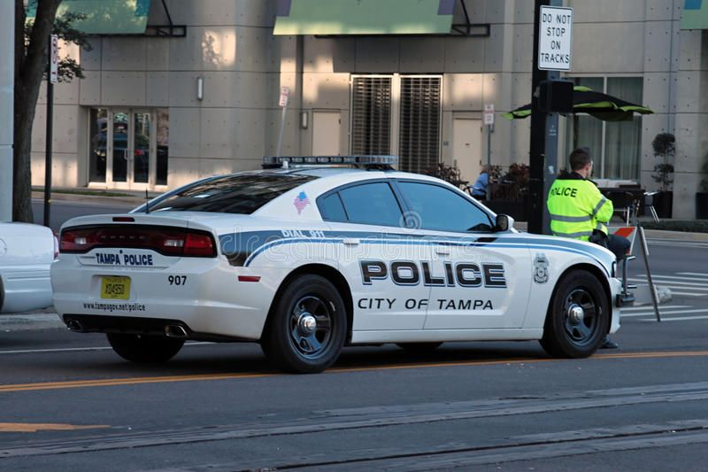 City Of Tampa Fl Police 907 Dodge Charger Police Cars Police Emergency Vehicles