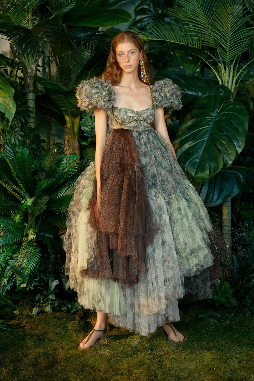 SudiEtuz Istanbul Spring 2021 Collection - Sponsored - Vogue