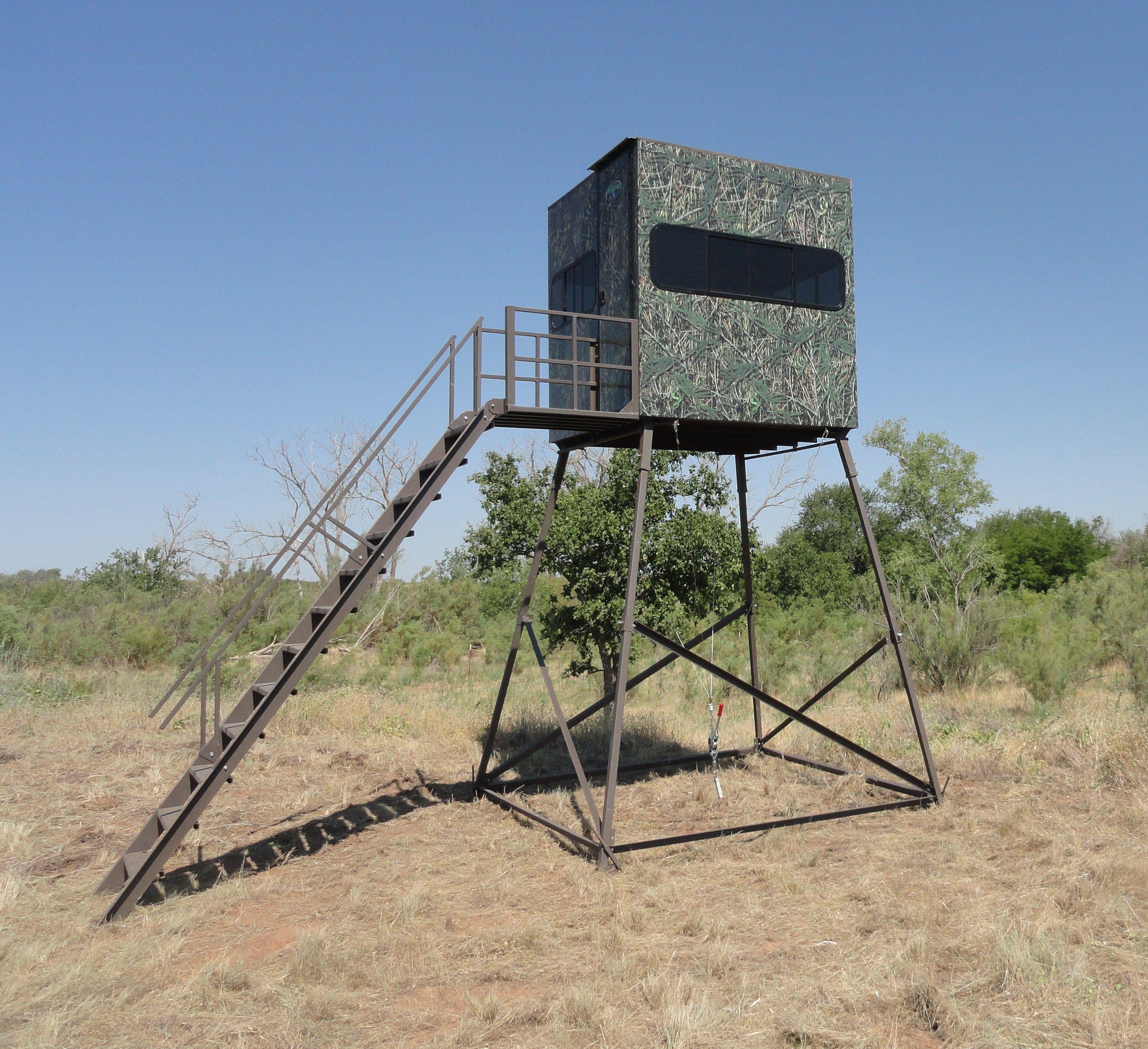 Bittercreek 6x6 Hunting Blind On 10 Tower Deer Hunting Blinds Deer Blind Hunting Blinds