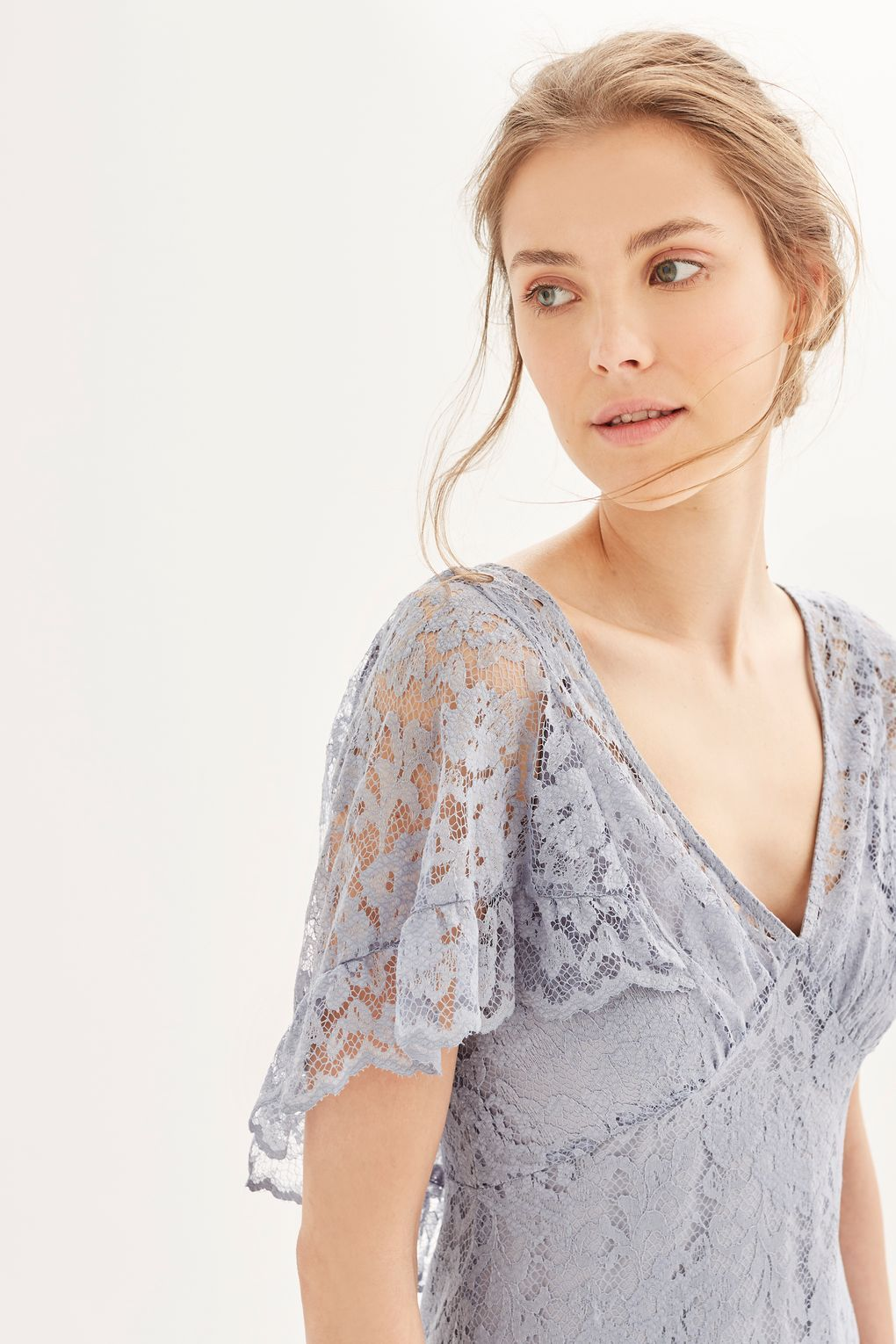 Look To Luxe Lace When Choosing Your Formal Outfits This Dusty Blue