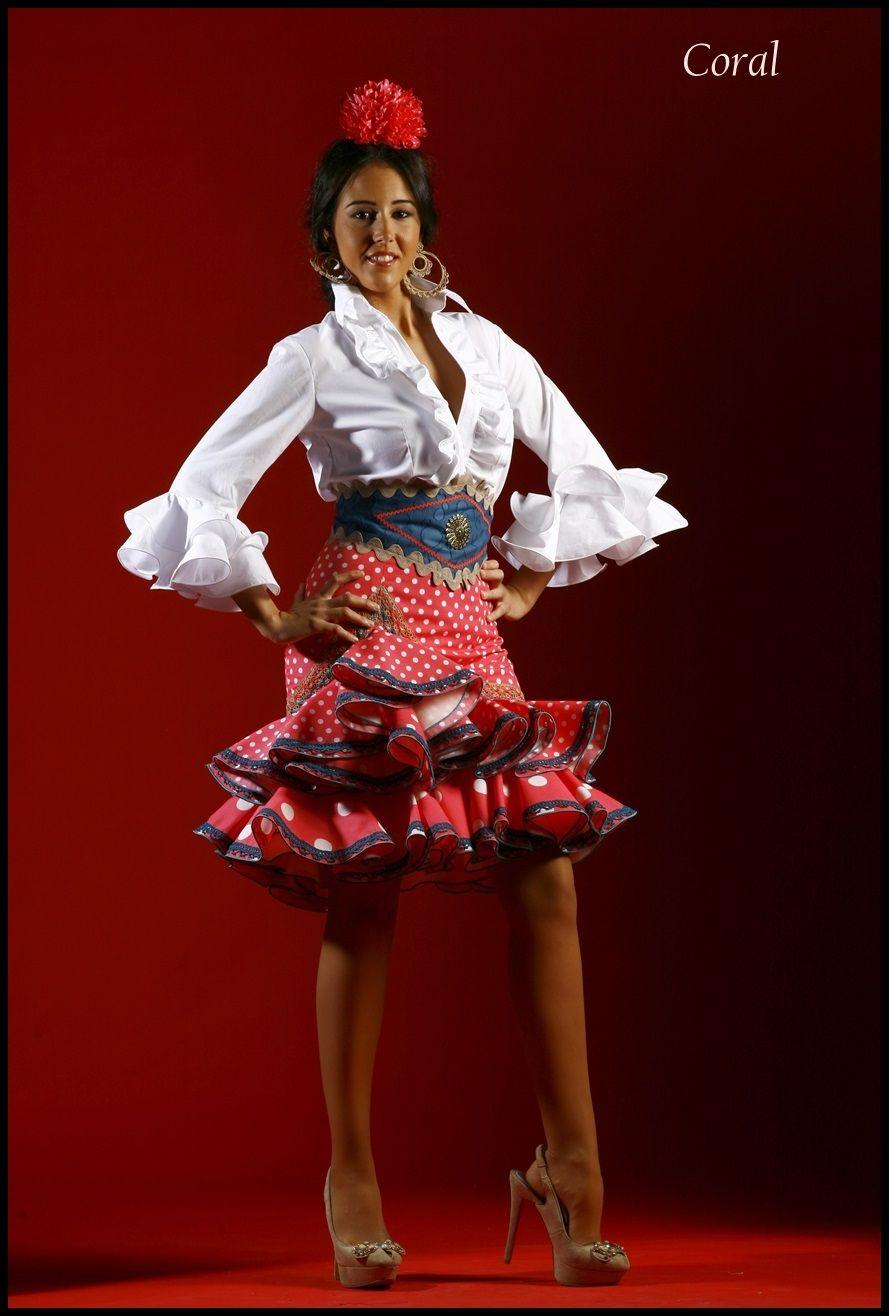 b77b3e44f Trajes de Flamenca Sevilla   My dresses   Trajes de flamenco ...