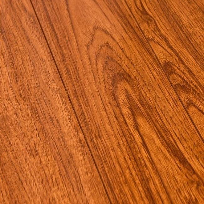 Bruce Park Avenue Makore L3019 Laminate Flooring Refinishing Floors Wood Floors Best Laminate