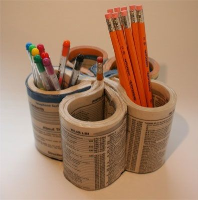 Porta-lápices de directorio telefónico on 1001 Consejos  http://www.1001consejos.com/social-gallery/porta-lapices-de-directorio-telefonico