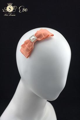 Eve (hair clip)