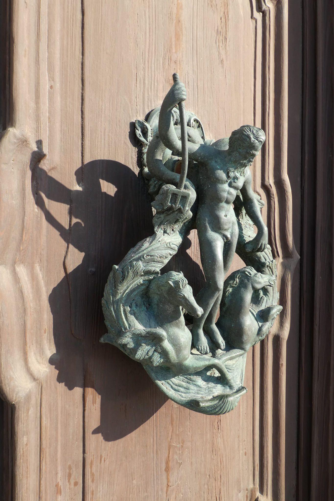 Door knocker venice doors door knobs and door handles