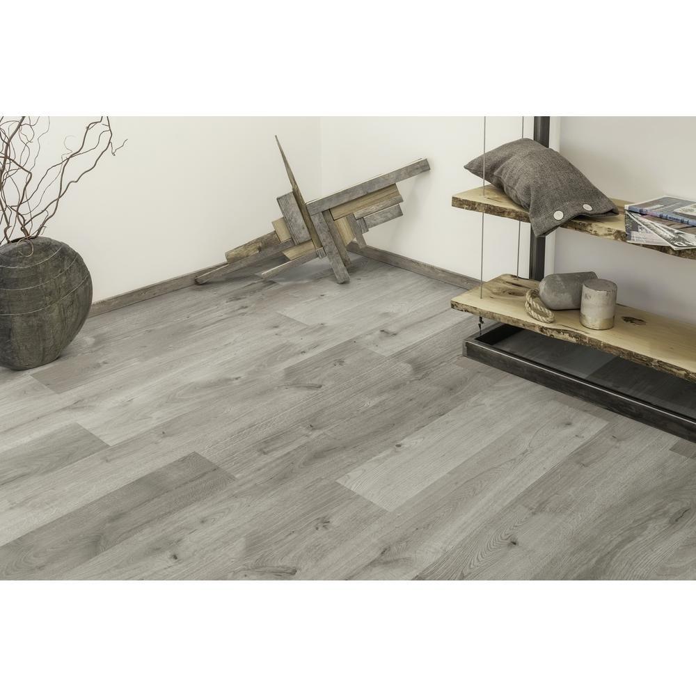 Home Decorators Collection Castle Grey Oak 1 2 In Thick X 6 26 In Wide X 50 79 In Len Oak Hardwood Flooring Engineered Hardwood Flooring Grey Hardwood Floors